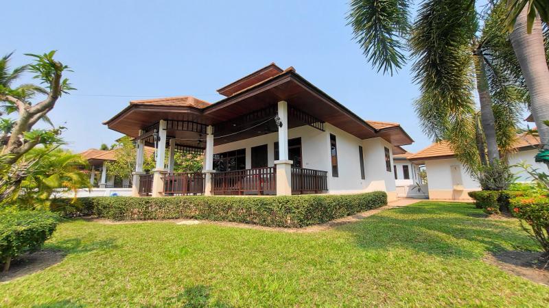 2 bedroom Villa For Sale In Hua Hin, Khao Tao – Manora Village I