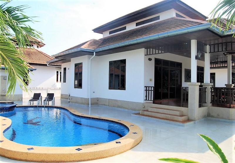 Villa Busaba B16 – Pool Villa For Rent In Hua Hin At Manora Village I