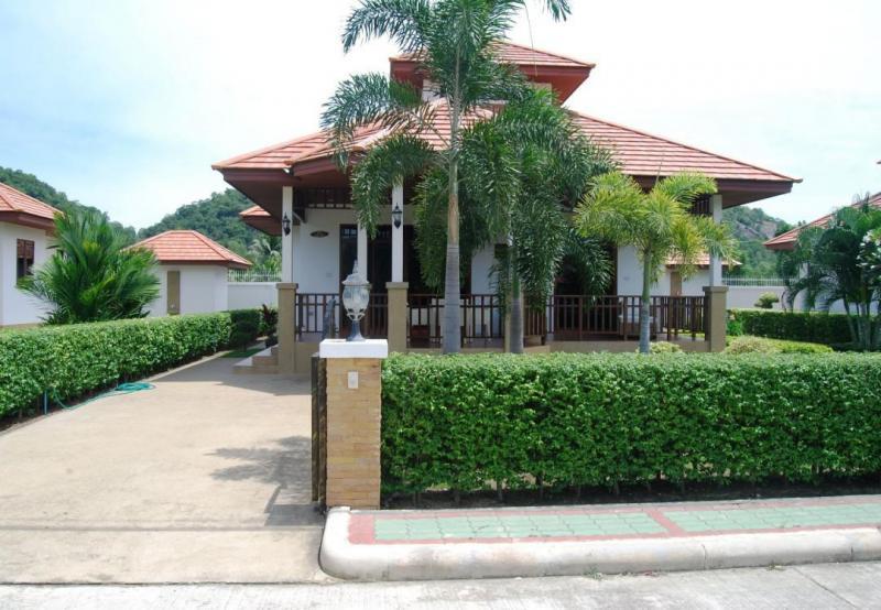 Villa Busaba B8 – 2 Bedroom Villa For Rent In Hua Hin At Manora Village II