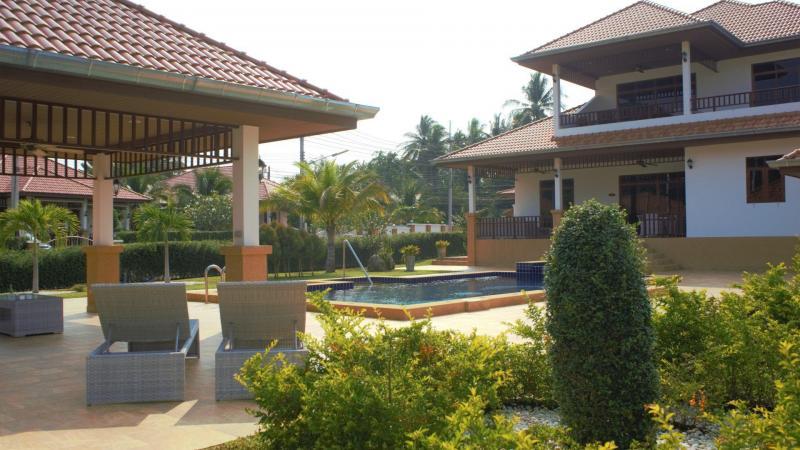 Villa Royale F1- Luxury 3 Bedroom Pool Villa For Rent In Hua Hin, At Manora Village III