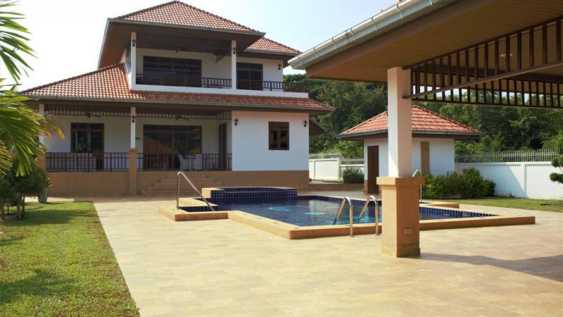 Villa Royale F1 – Luxuriöses Haus Zum Kaufen In Hua Hin Im Manora Village III