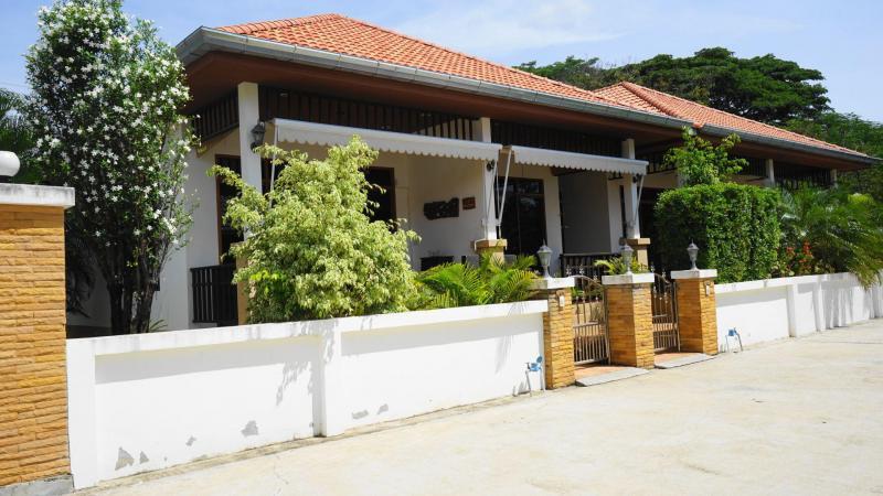 Villa Cosy G2 – Holiday Villa For Sale In Hua Hin At Manora Village III