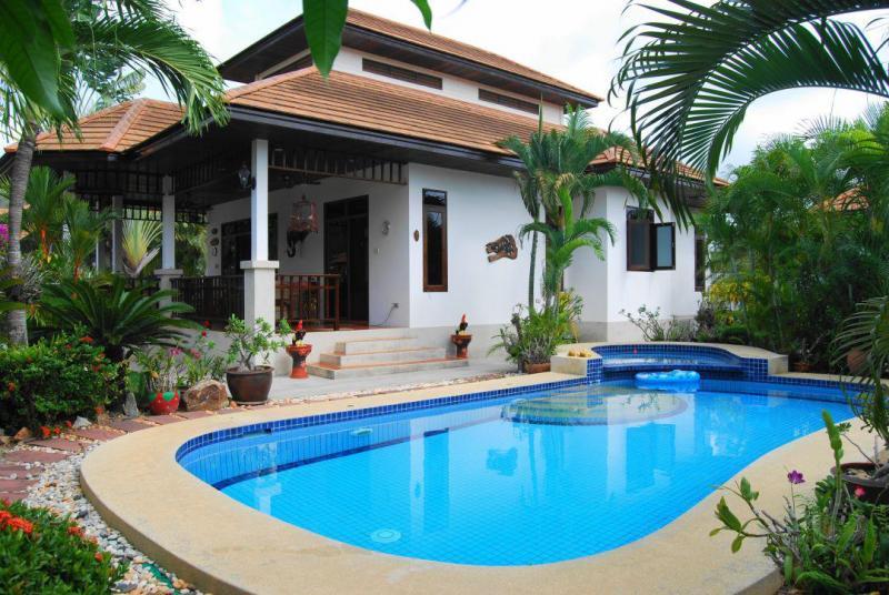 Villa Busaba B7 – 2 Bedroom Pool Villa For Rent In Hua Hin, Manora Village I