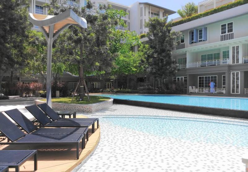 Cozy 1 Bedroom Condo for Sale at Autumn Condominium in Khao Takiab, Hua Hin