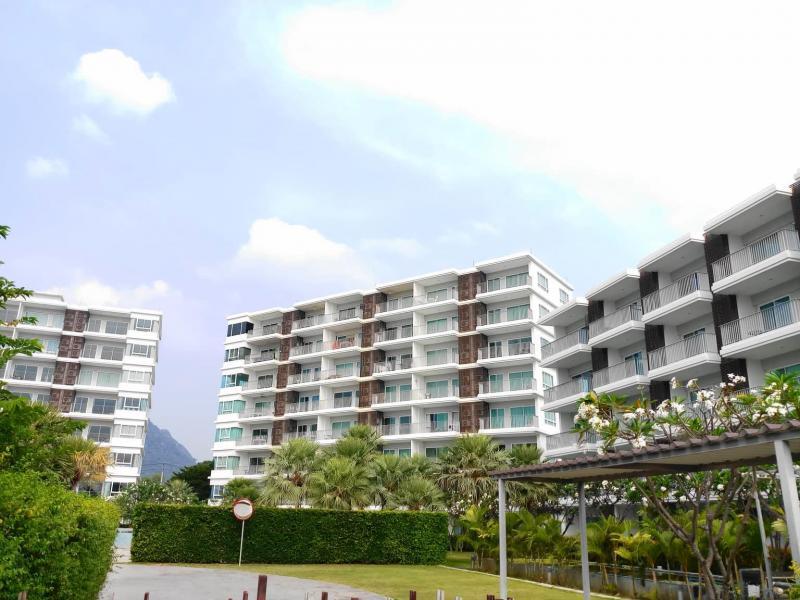 Top-floor 1 Bedroom Condo for Sale, Sam Roi Yot