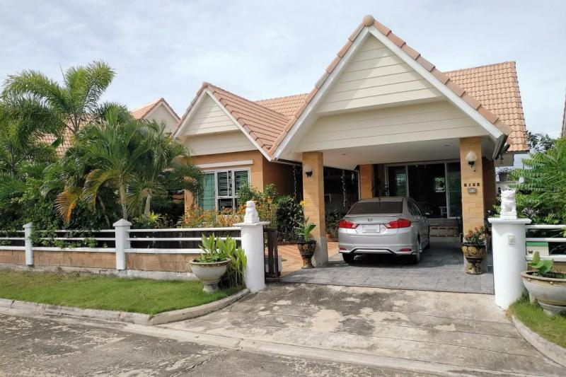 Well-priced 2 bedroom Villa For Sale on Soi 112, Hua Hin