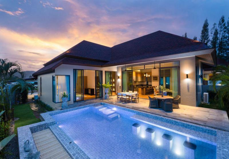 High-quality 3 bedroom Pool Villas For Sale Near Black Mountain Golf Course – Start 8.6 mio THB!