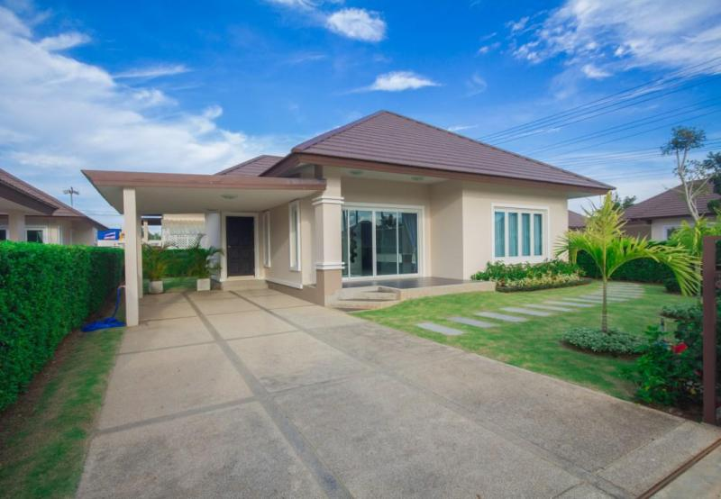 Schöne Villa mit 2 Schlafzimmern zum Kaufen in Pranburi , nur 4 km von Khao Tao entfernt!