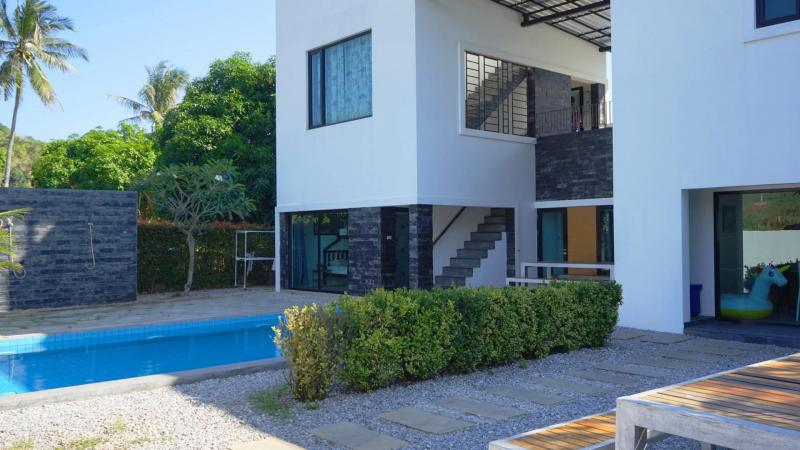 Affordable Two-Story 4 Bedroom Pool Villa For Sale, Pranburi