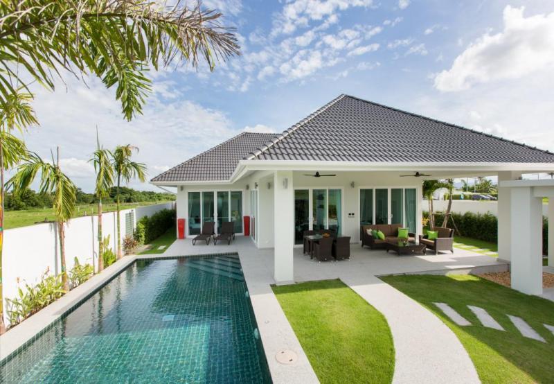 Award Winning 2-3 Bedroom Pool Villas For Sale In A Quiet Location, Hua Hin – Start at 7.9 mio THB!