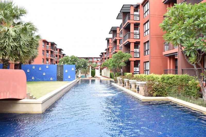 Cozy 1 Bedroom Condo For Sale At The Blue Rock Condominium, Hua Hin