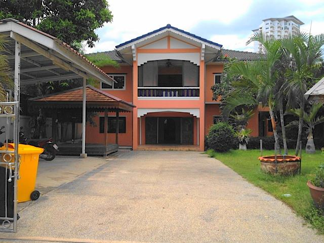 Plot of Land For Sale at Soi 10 in Khao Takiab, Hua Hin – 500m to Beach!