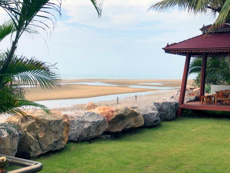 Bali-Style 4 Bedroom Beachfront Villa For Sale at Cha-Am, Petchaburi
