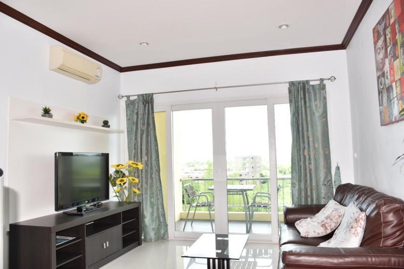 Cozy 1 Bedroom Condo For Sale At Blue Sky Condo, Cha-Am