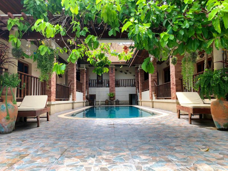 Amazing 4 Bedroom Pool Villa For Sale In Hua Hin City Center! – Only 750m from Bluport!