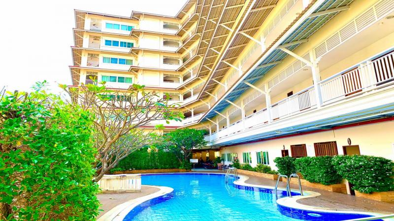 Fully Furnished 2 Bedroom Condo For Sale in Hua Hin center!