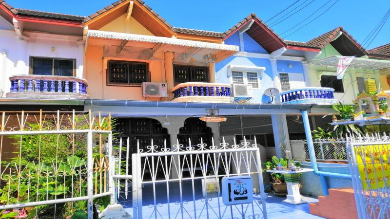 3 Bedroom Townhouse For Sale in Cha-Am – Only 150m walking distance from Beach!!!