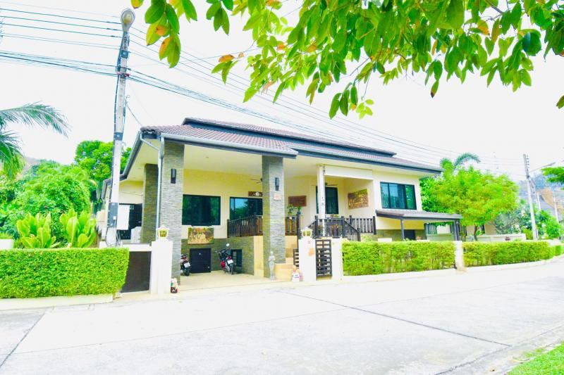 Large 4 bedroom house for sale on Soi 88, Hua Hin