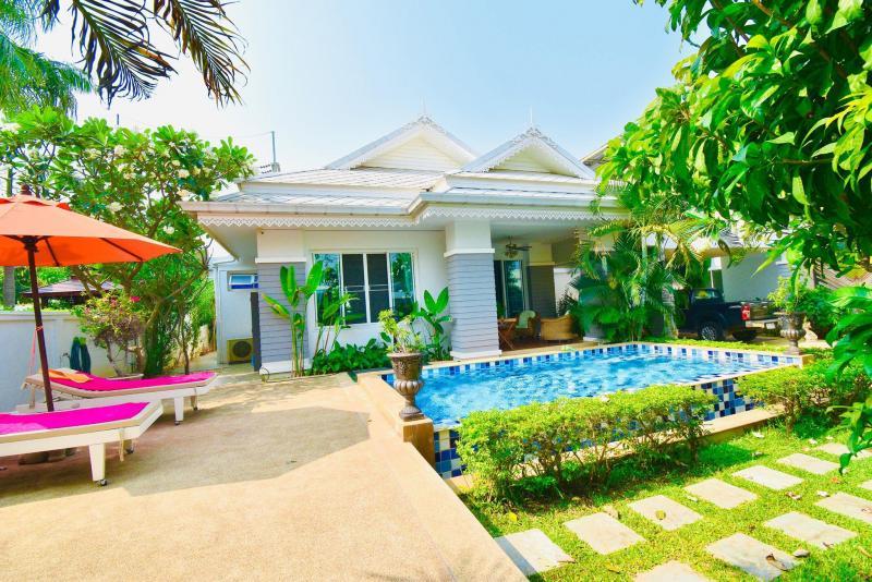 2 bedroom pool villa for sale at The 9 Khao Tao, Hua Hin