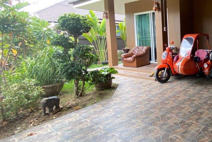 Well maintained  3 bedroom pool villa for sale at Emerald Green, Hua Hin