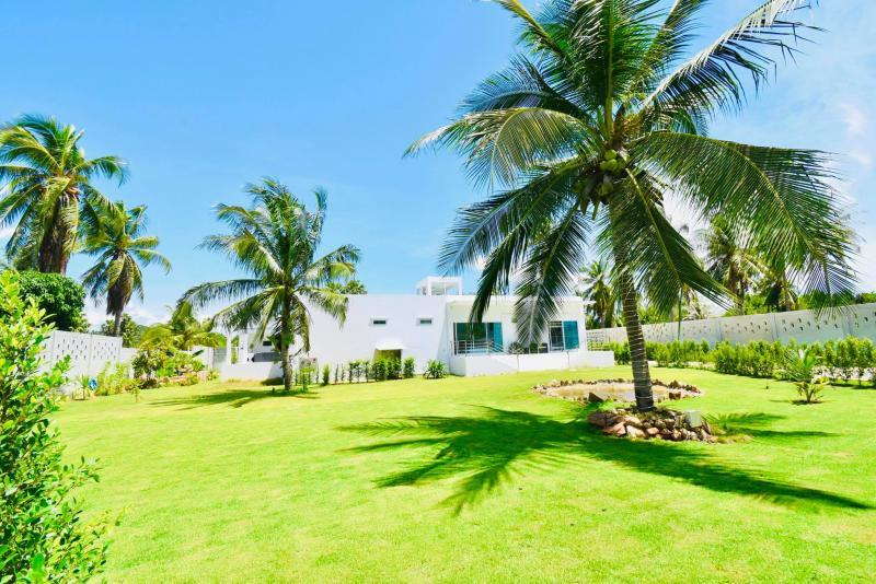 Luxury And Very Modern 4 bedroom Pool villa for sale Near Khao Ka Lok Beach ,Pranburi area