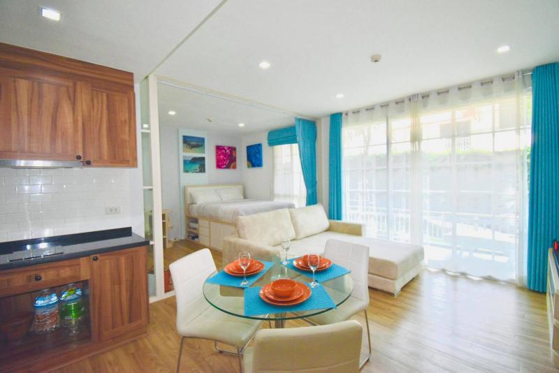 Affordable 2 bedroom condo for sale at Autumn condominium , Hua Hin