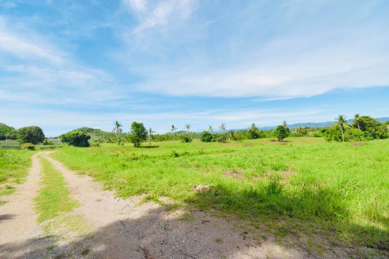 Beautiful 13 Rai plot of land with nice mountain view in Pranburi for sale